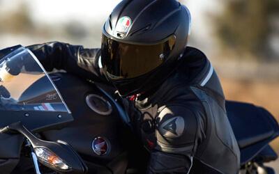 Casco de moto integral