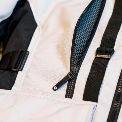 aberturas frontales aireación de chaqueta REV'IT! Sand 3
